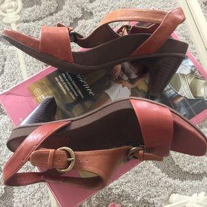 Aetrex Shoes - Aetrex Strap Sandal size 6